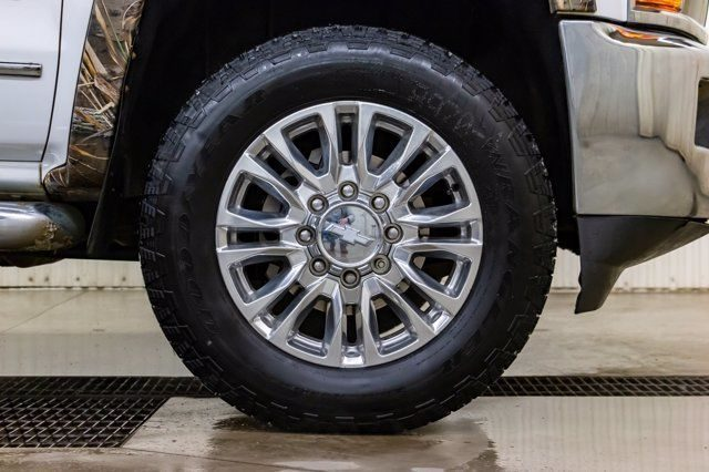 duck commander at tires review