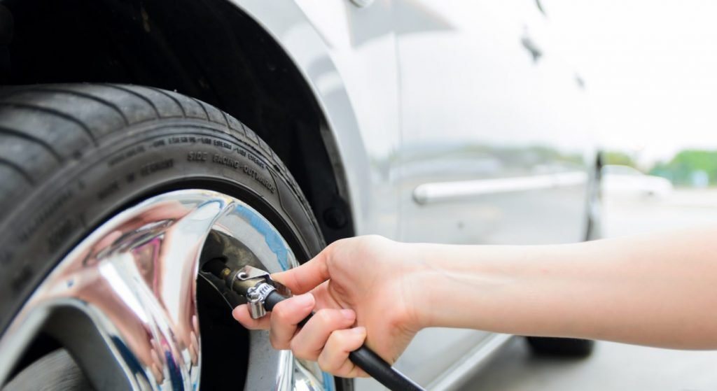 How to Put Air in a Car Tire