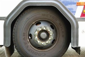 how to change truck tires