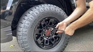 how to fix a flat tire on a car