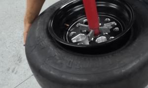 how to install tire valve stem