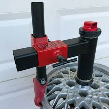 use a manual tire changer
