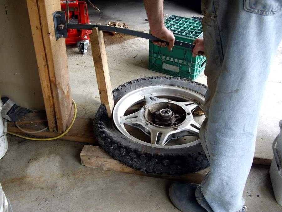 How to Break Bead on a Tire