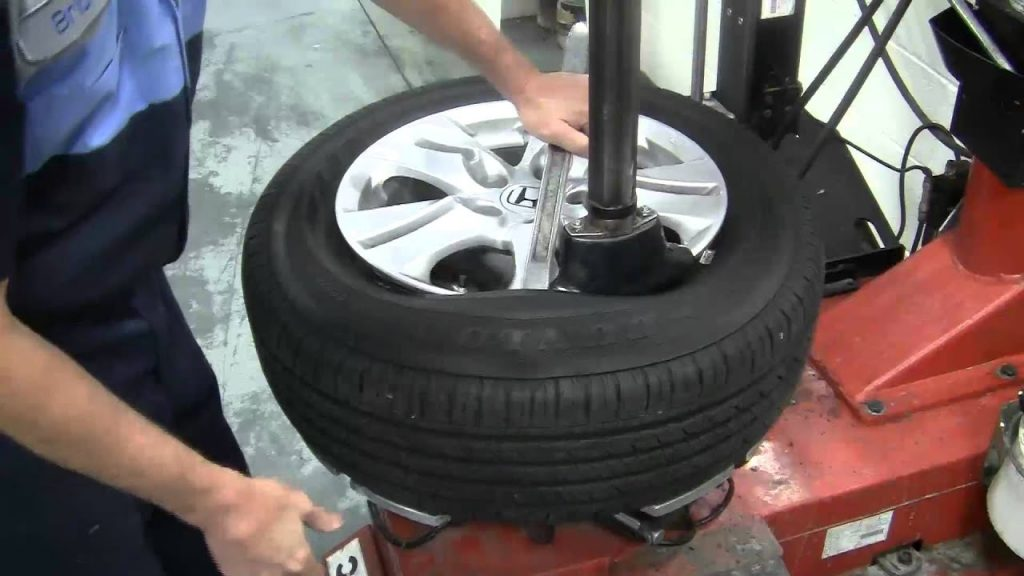 How to Dismount a Tire