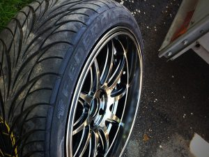 are stretched tires safe