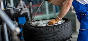 how much does it cost to fix a tire